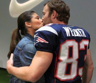 Wife of Patriots Star Apologizes For Harsh Words